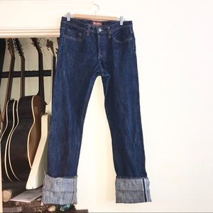 Stronghold American denim size 32.